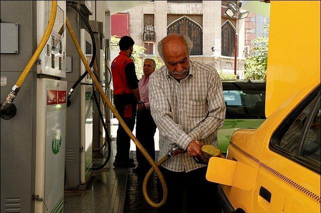 جمع آوری گازهای پمپ بنزین در مازندران برای نخستین بار در استان های شمالی