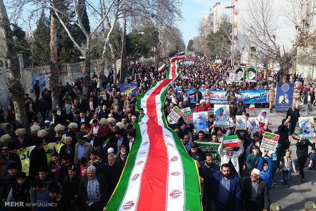 حضور باشکوه مردم در 22 بهمن ماه توطئه های استکبار را خنثی می نماید