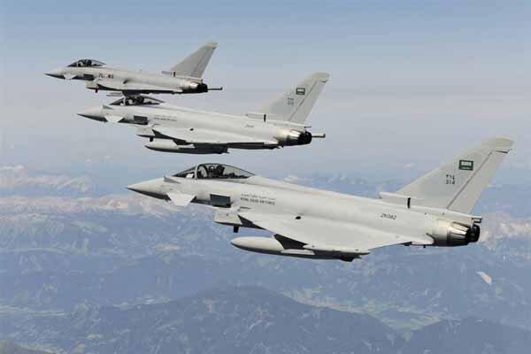 بمباران صنعاء یمن توسط جنگنده های سعودی