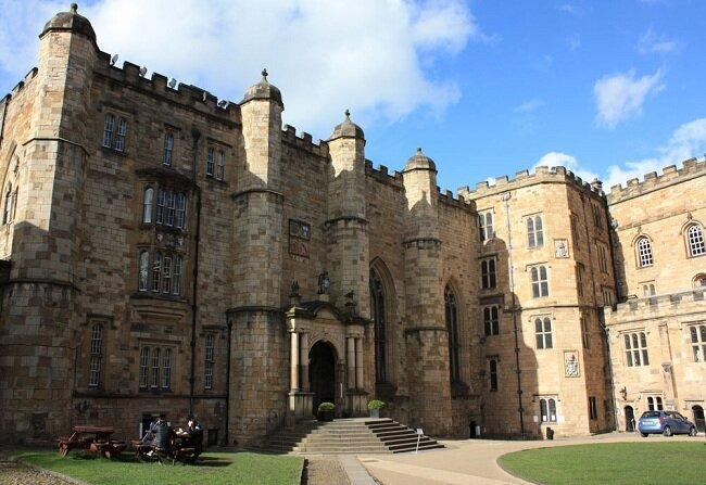درباره بنا و معماری قلعه دورام