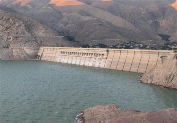 نیمی از مخازن سد های کشور پر است ، ادامه بارش ها و ادامه رهاسازی ها