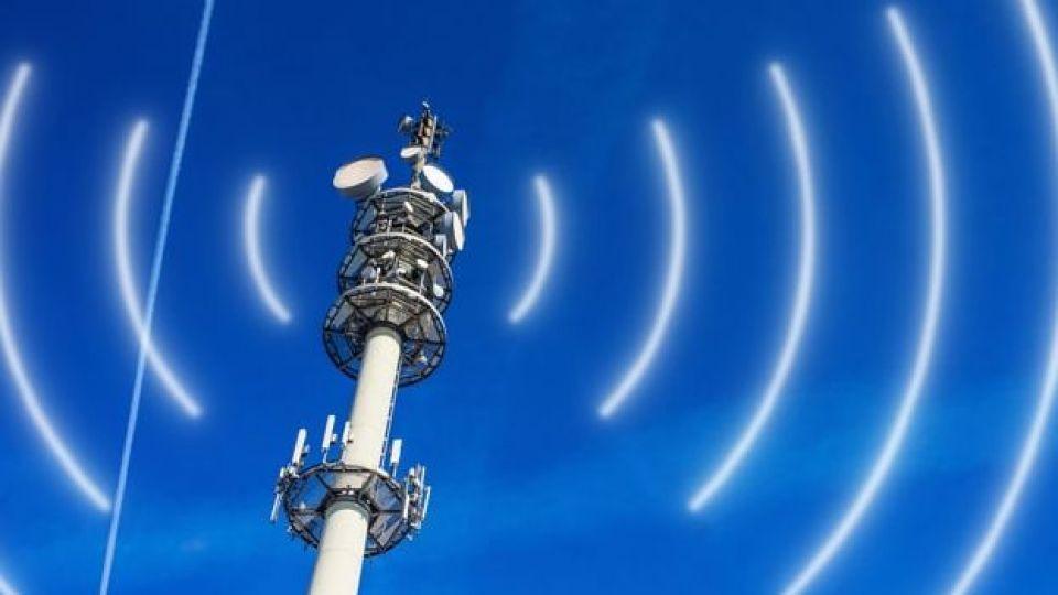 تلفن همراه در مناطق زلزله زده پایدار است