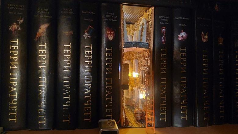 مطلب محبوب این روزهای شبکه های اجتماعی: درهایی کوچک به سوی فضاهای خیالی در قفسه های کتاب