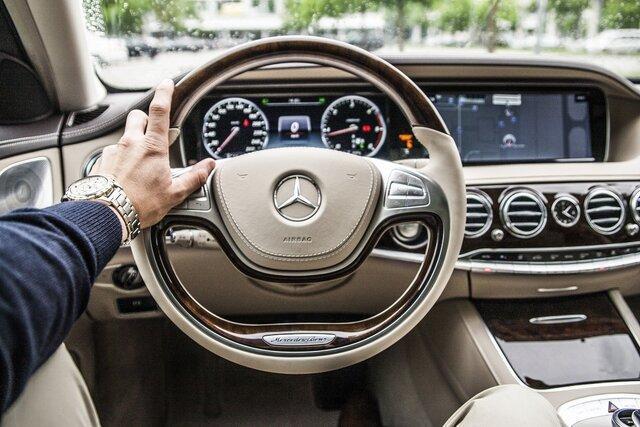 سیستم های اتوماتیک رانندگی، حواس پرتی راننده را افزایش می دهند