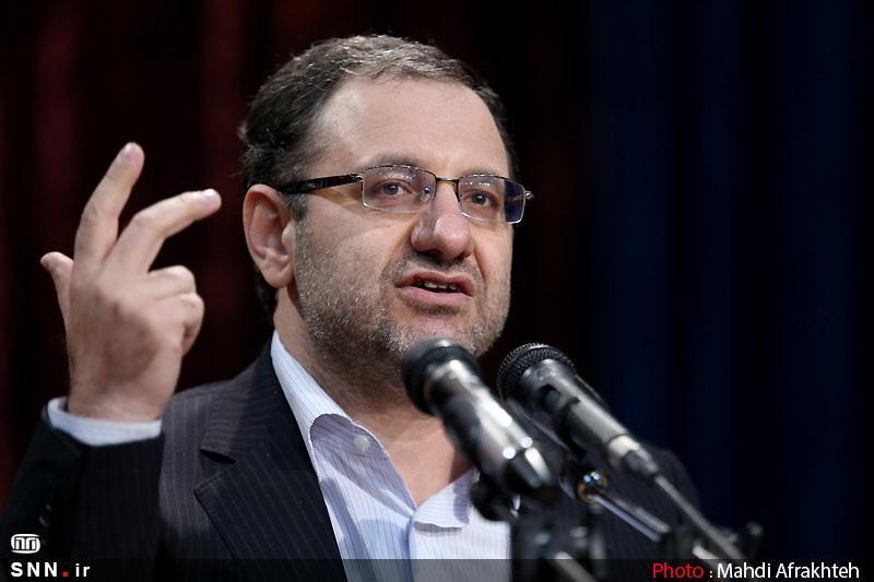موسوی: اینکه بعد از 30 سال مسئولیت یادت بیفتد که تسخیر لانه جاسوسی نادرست بوده، نشانه بزدلی است