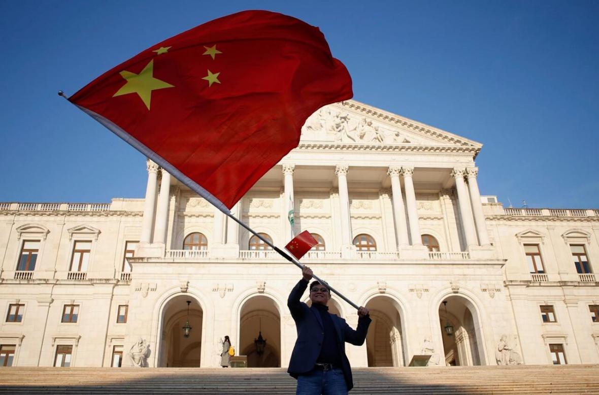 چین واژه صلح آمیز را از عبارت وحدت با تایوان حذف کرد