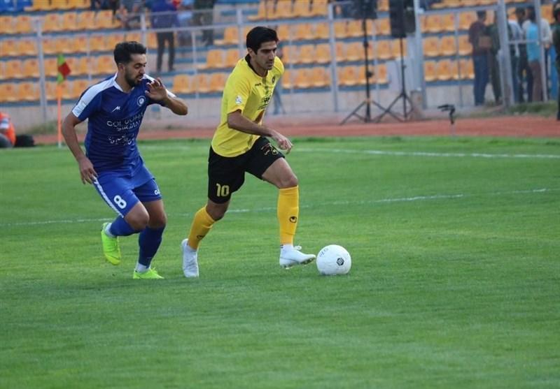 لیگ برتر فوتبال، رجحان یک نیمه ای سپاهان مقابل گل گهر