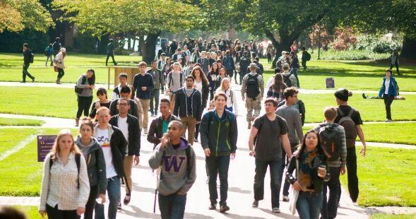 ابتلای 121 دانشجوی دانشگاه واشنگتن آمریکا به کرونا