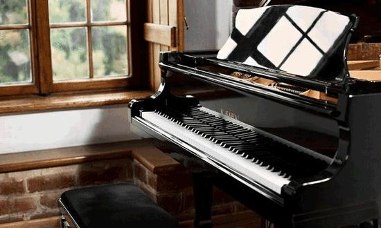 راهنمای خرید پیانو؛ انواع و قیمت آن