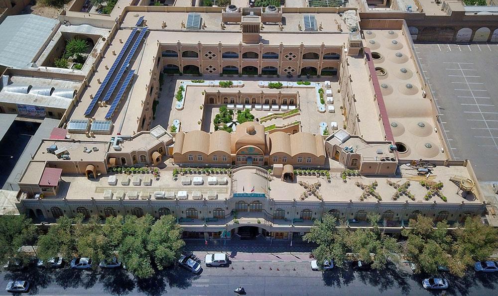 هتل داد یزد؛اقامتگاهی چهار ستاره با بنایی تاریخی و سنتی، عکس