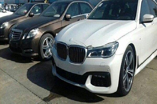 تعیین تکلیف خودروهای لوکس توقیفی در گمرک نوشهر ، ضبط 30 دستگاه به نفع دولت