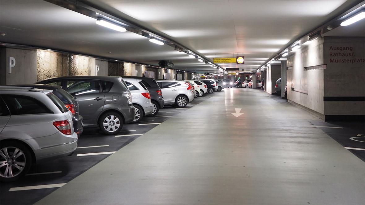 نورپردازی سقف پارکینگ : انواع، وسایل و مقدار نور مورد نیاز