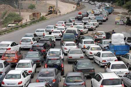 ترافیک سنگین در چالوس ، تردد پرحجم در محورهای منتهی به کلانشهرها