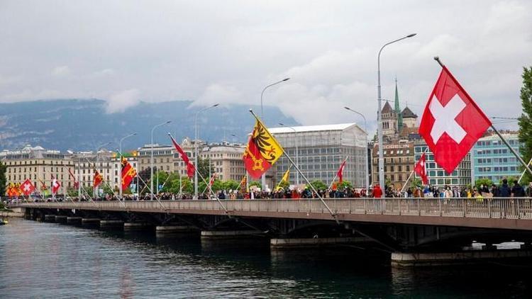 حداقل دستمزد در ژنو سوئیس 3800 یورو در ماه شد