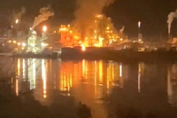 وقوع انفجار در کارخانه مواد شیمیایی ویرجینیای غربی با 2 مجروح