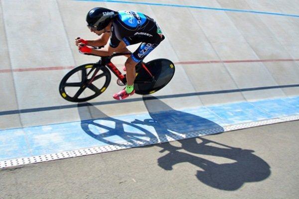 فشارهای فدراسیون دوچرخه سواری و توقف پخش یک برنامه تخصصی قدیمی